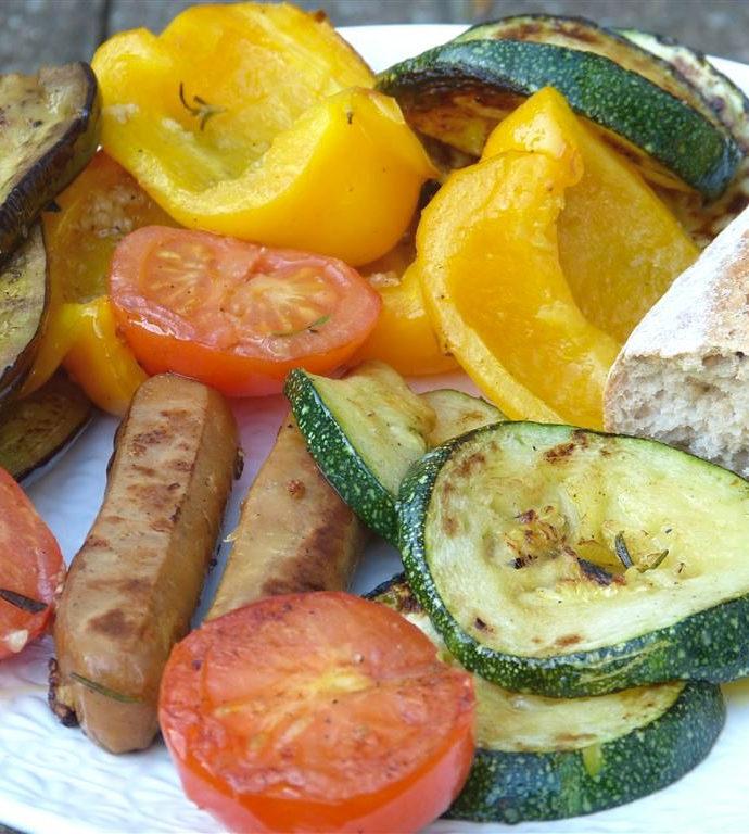 Einfach und lecker: buntes Grillgemüse