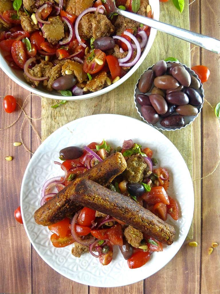Panzanella mit veganer Wurst